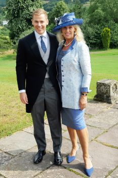 Mother of the bride wedding outfit by Jenny Edwards-Moss
